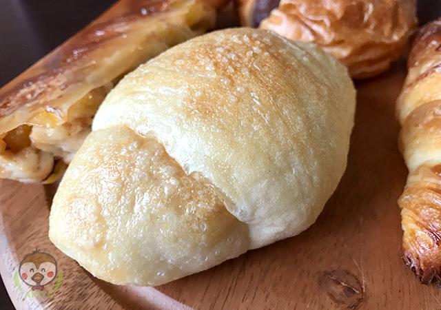 亀の町ベーカリーの塩パン